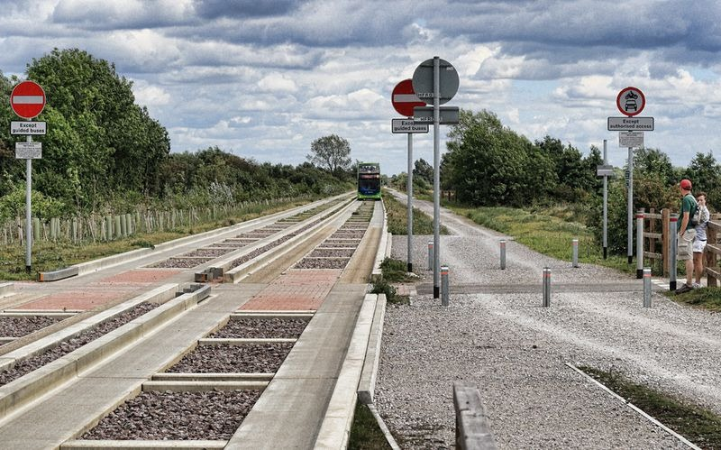 cambridgeshire-guided-busway-5[6]