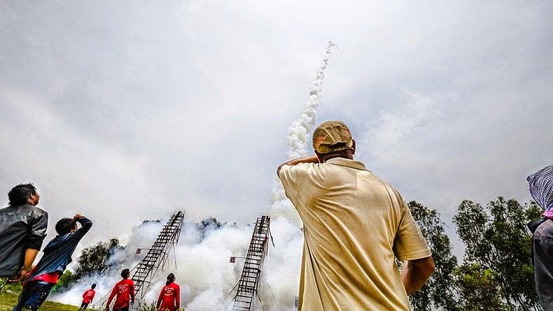 yasothon-rocket-festival-16[6]