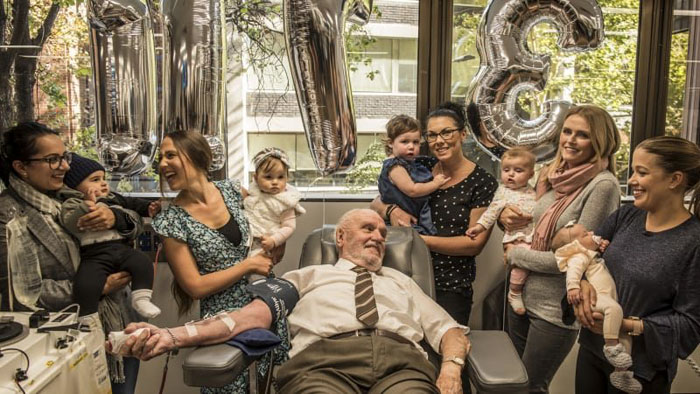 man-with-the-golden-arm-last-blood-plasma-donation-saved-millions-babies-james-harrison-australia-28-5afac3349121f__700
